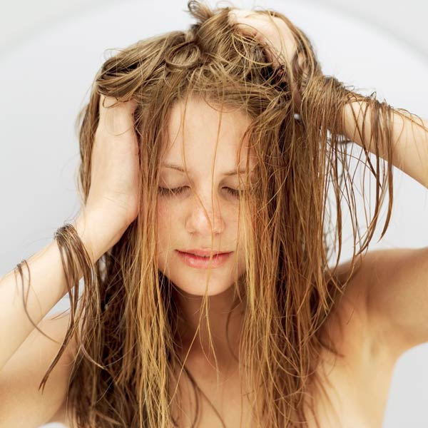oily-hair-health-fitness-greece